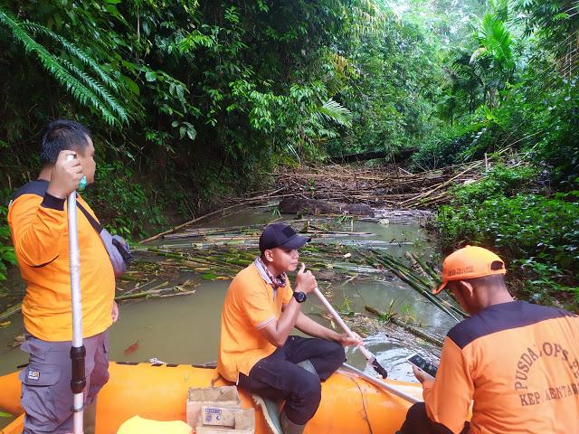 Akibat Sering Terjadinya Banjir, BPBD, Polres, Dandim dan SAR Mentawai Susuri Sungai Sidomakmur