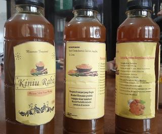 Mahasiswa AKN Mentawai Produksi Minuman Fungsional Kiniu Raba